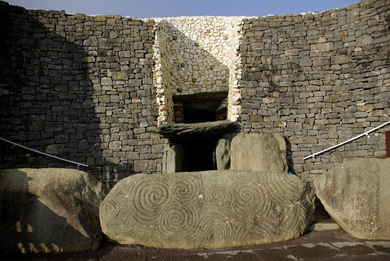 Newgrange, wejście